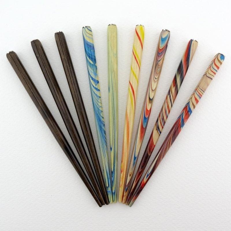 Federhalter marmoriert verschiedene Farben