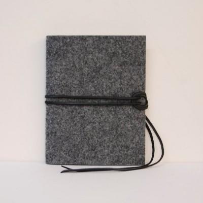 Filz-Buch A5 Lederbandmodell -  Filzpapeterie.de